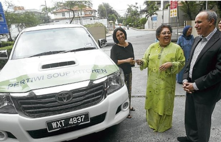 Pickup for Pertiwi soup kitchen-image
